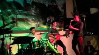 Tình ca du mục - Saxophone cực phiêu - G4U Cafe (10-10-15)