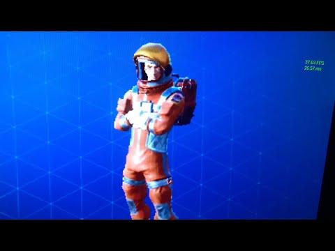 Fortnite Mission Specialist skin port to fort!!!