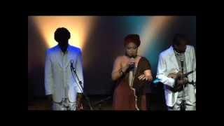 Fabiana Cozza e Quinteto em Branco e Preto - São Jorge (Kiko Dinucci)