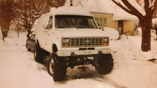 Big 4X4 Ford Van (after the snow storm)
