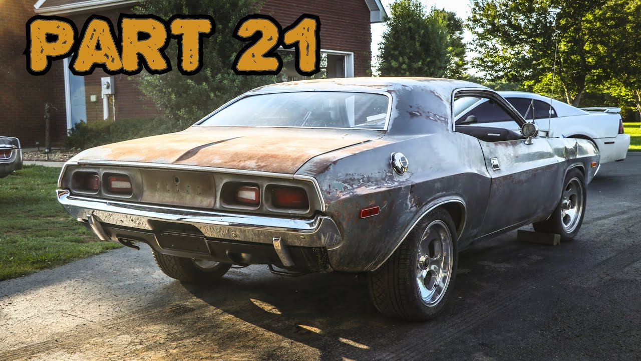 ABANDONED Dodge Challenger Rescued After 35 Years Part 21: HEMI Engine Build!