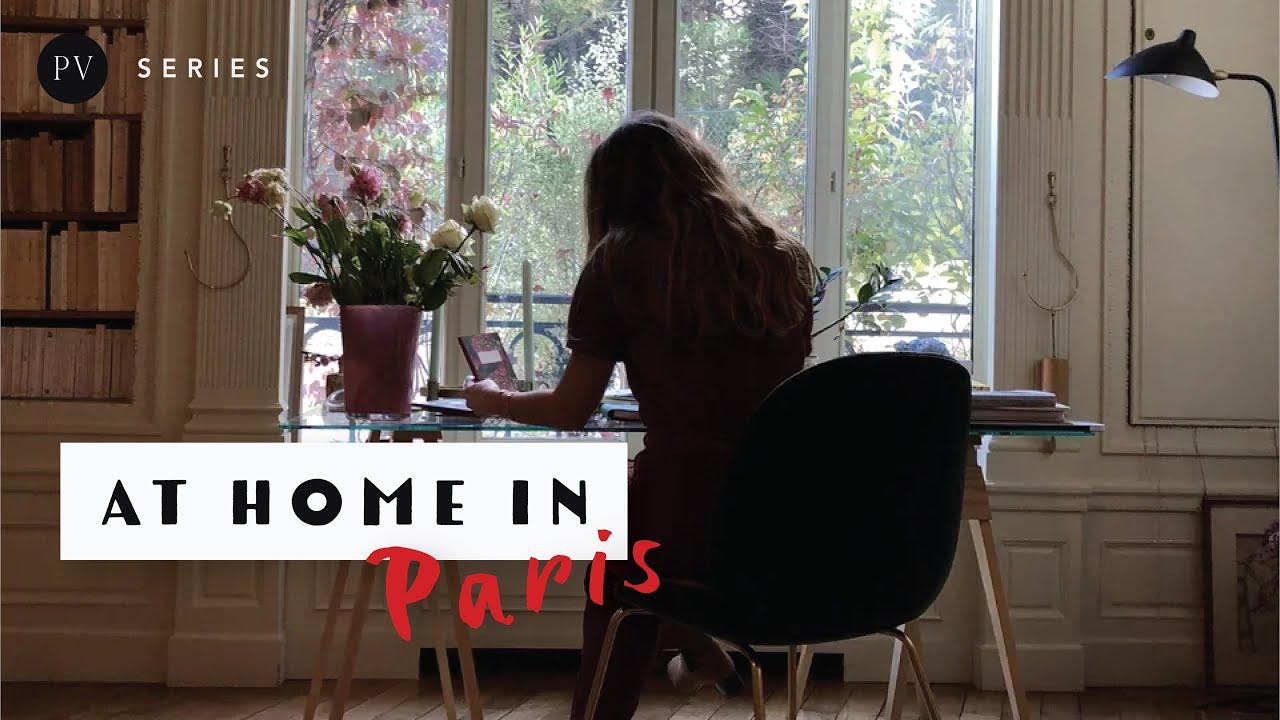 Dans lappartement potique de Suzi de Givenchy  Paris  Une Fille Un Style  Vogue Paris