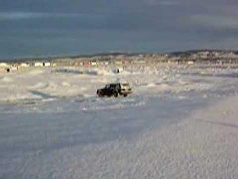 Punta Arenas jeepin snow