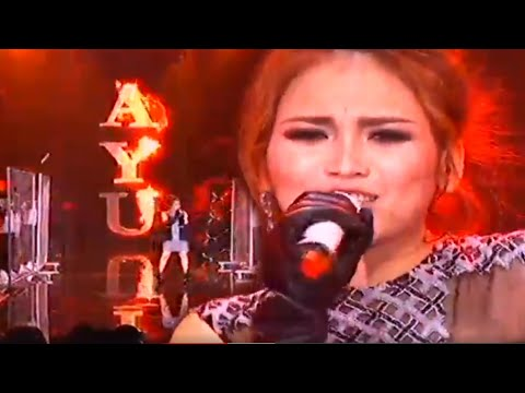 Ayu Ting Ting & JKT48 - Sambalado [RCTI 27th Anniversary Celebration]