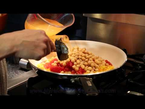 How to Prepare a Chickpea and Turmeric Curry