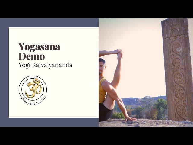 Yoga demo with Yogi Kaivalyananda