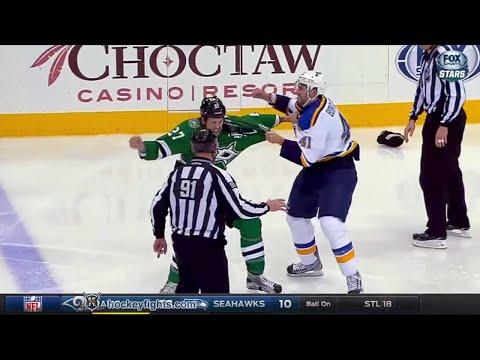 Robert Bortuzzo vs Travis Moen Dec 27, 2015