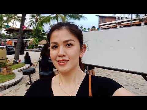 Swimming time @Hard Rock Hotel Bali 31 march 2018