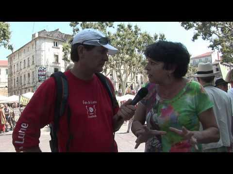 Avignon1- chaine humaine - Michele  Rivasi .wmv