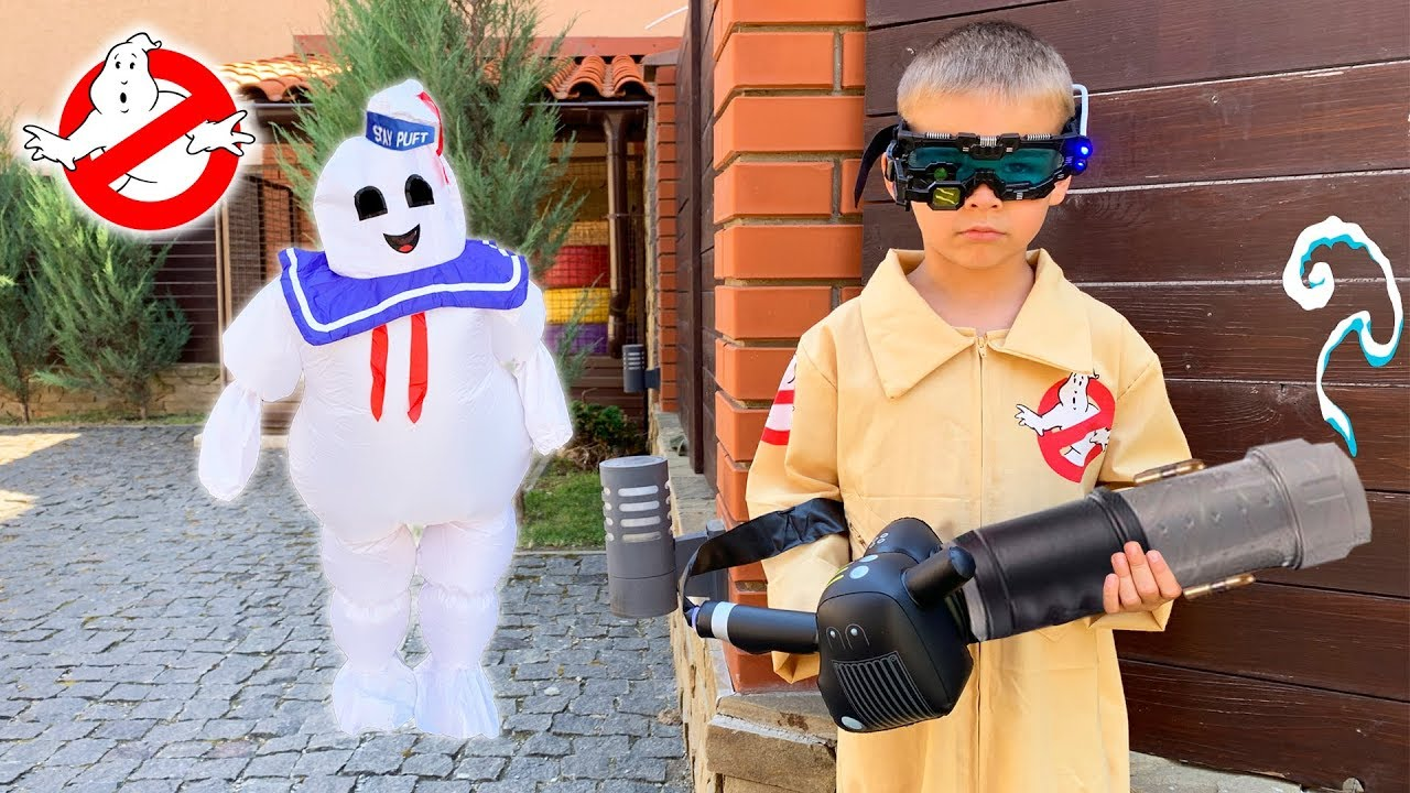 Dima Ghostbuster pretend play with funny ghost