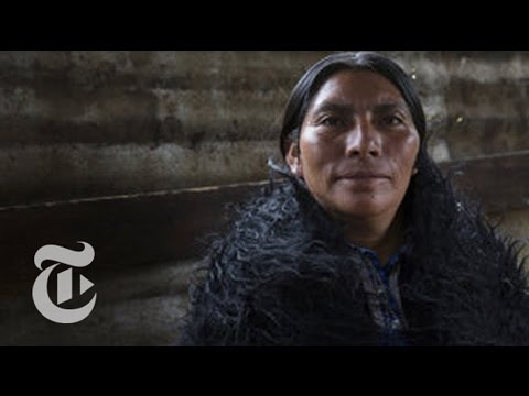 Calling the Midwife, in Chiapas | The New York Times