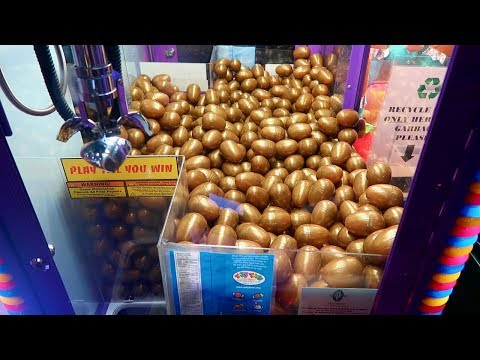 FOUND A MYSTERY GOLD EGG MACHINE!!! (WHAT'S INSIDE WILL BLOW YOUR MIND)