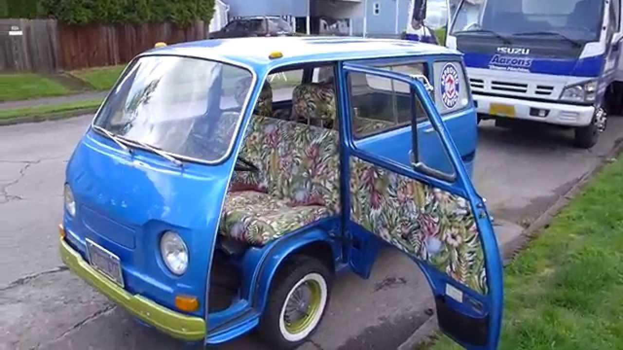 everyone including clowns love a subaru 360 van parade. Black Bedroom Furniture Sets. Home Design Ideas