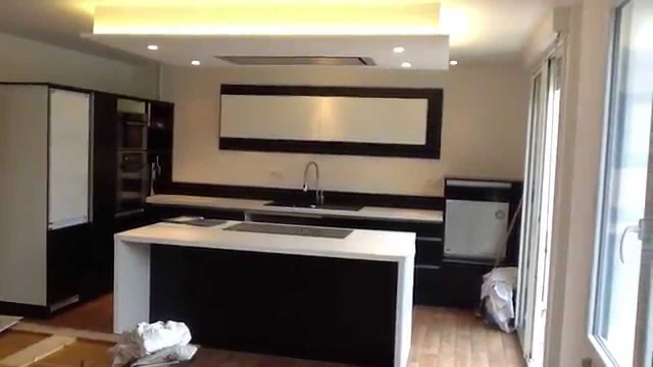 Cuisine et plafond youtube for Deco faux plafond placo