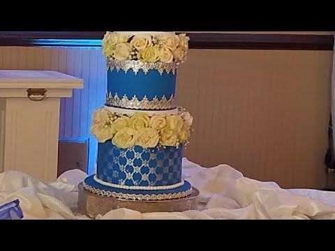 Decorando pastel de bodas Azul Rey (Royal Blue) y algunos tips.