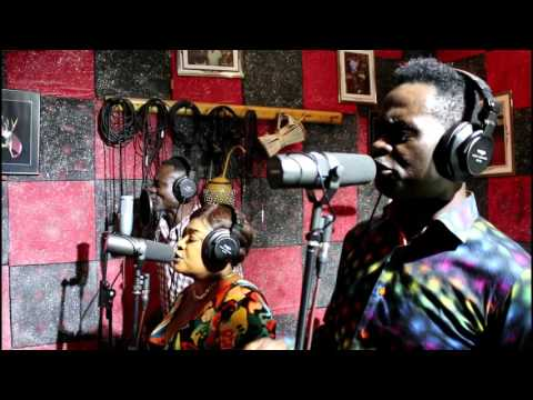 YAW SARPONG - SUMINA SO  (STUDIO LIVE)