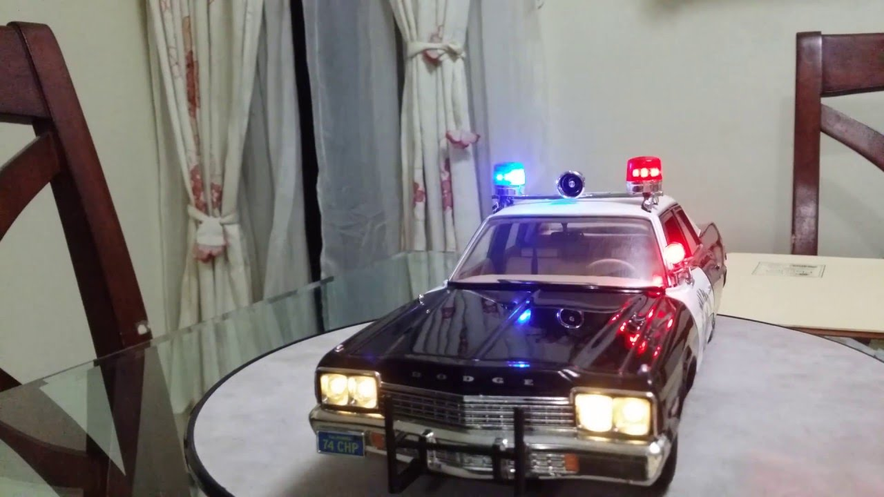 1 18 Chp Chips Dodge Monaco With Led Lights Police Car