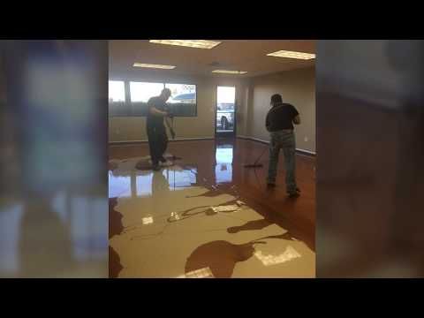 Walter Resendes' Metallic Pearl Effect Epoxy Office Project