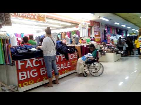 Walking in 999 Shopping Mall Divisoria, Manila Philippines.