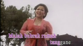 Video Rujak Uleg - Waldjinah download MP3, 3GP, MP4, WEBM, AVI, FLV Juni 2018