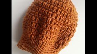 Вязаная шапка спицами. Женская шапка. Красивый узор.