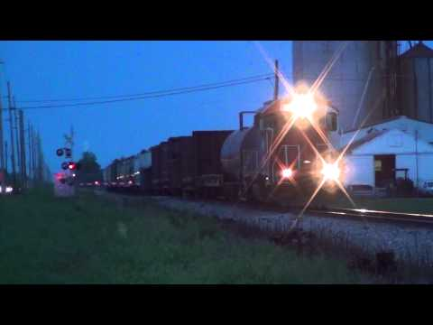CF&E FWLI westbound with SCRF GTW 6415 leading S5T horn honking