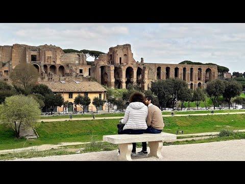 РИМ. Палатинский Холм - место основания Рима.....