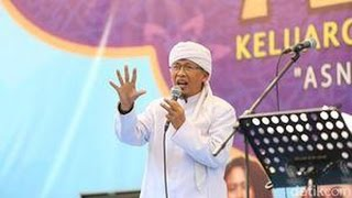 Doa Ustadz Arifin Ilham & Aa Gym Di Aksi Super Damai 212 Monas