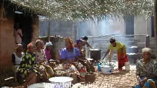 Igbo Conversation: Where can I buy Yam - Olee ebe m ga-egota ji?
