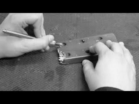 Gluing a broken acoustic guitar neck ~ Workshop Insights #4