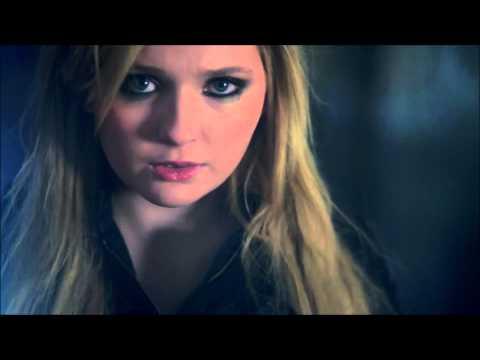 Abigail Breslin - You Suck - Traduction Française HD