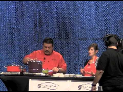 Hispanic Retail 360 Cooking Demo Chef Alex Garcia And Nutritionist Stacey Loftus
