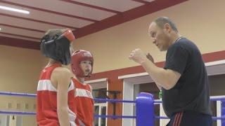 Хотите отдать ребенка на бокс или кик?Первая тренировка в школе  у Сергея  Майфата. Антон Гонтюрев