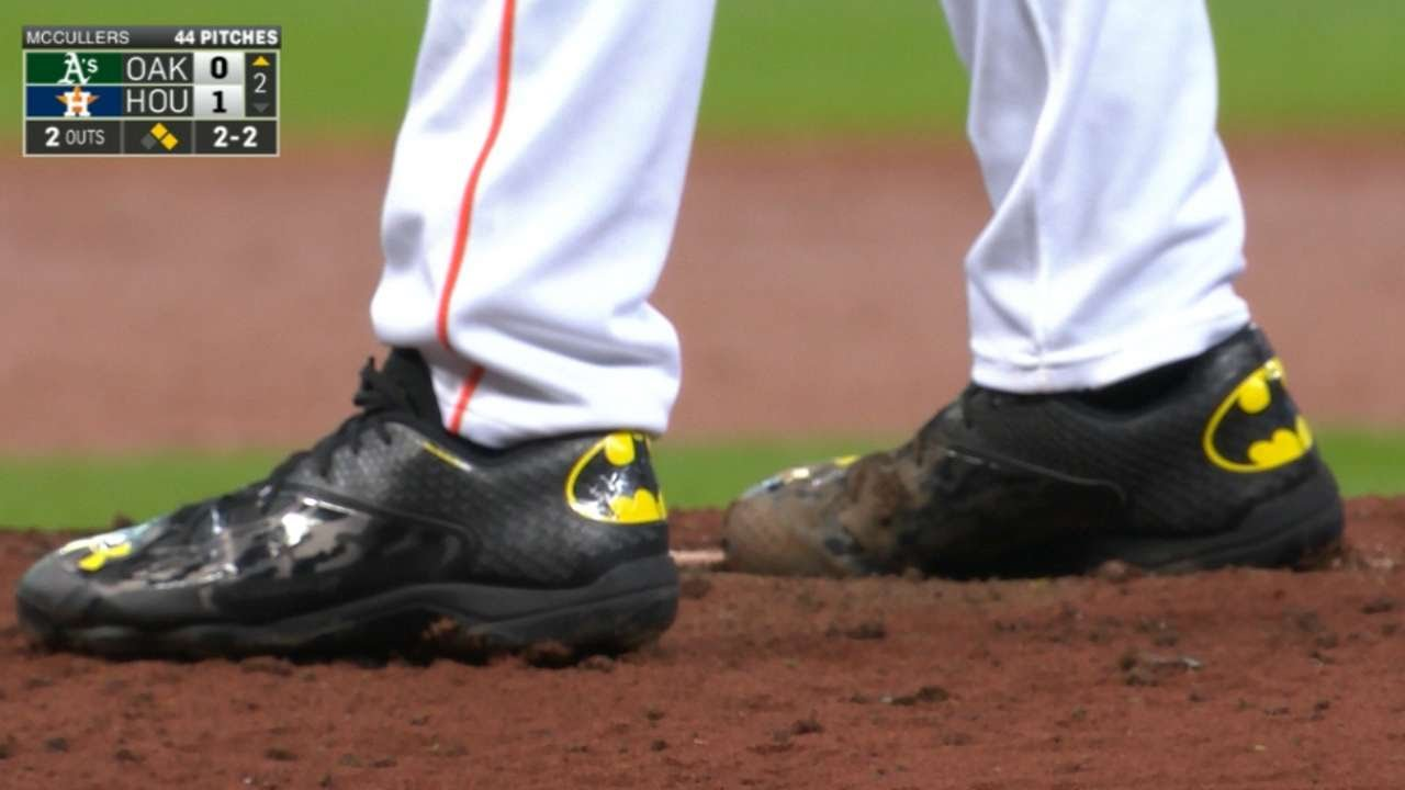 caf3f41626d McCullers wears Batman cleats in ML debut - YouTube