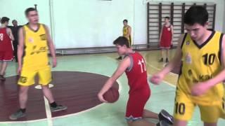 Полуфинал областной спартакиады по баскетболу среди школ в Кингисеппе.