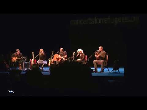 """Dave Matthews """"Mercy"""" onstage with Emmylou Harris, Steve Earle, Patty Griffin (Seattle, 3 Oct 2017)"""