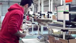 Хьюго Барра работает на кассе у Xiaomi!