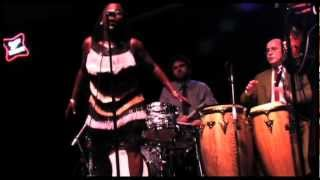 "Sharon Jones & The Dap Kings perform ""When I Come Home"""