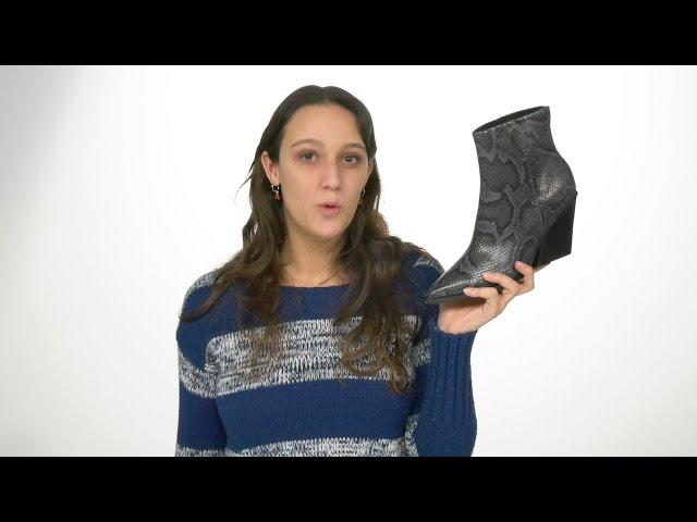 Dolce Vita Womens ISSA Western Booties