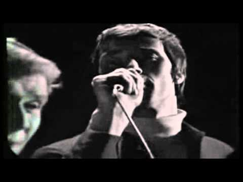 Innamorati unitevi (lovers of the World Unite) David and Jonathan sung in Italian