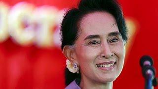 Myanmar: Absolute Mehrheit für Aung San Suu Kyis Partei