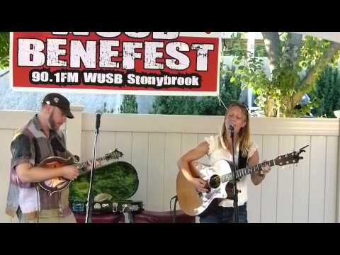 Katie Pearlman WUSB Benefest 8-22-15_001