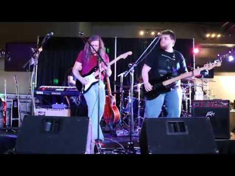 Introspection - Québec Pink Floyd Show - Money