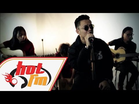 AKIM - MENUNGGU (LIVE) - Akustik Hot - #HotTV