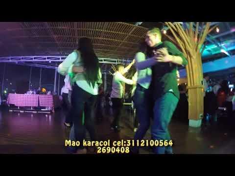Sintiendo el pique | Estas son vacaciones | Bahía San Blas de YouTube · Duración:  2 minutos 21 segundos