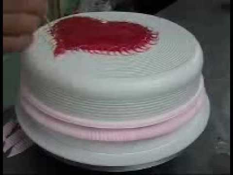 decoracion de tortas en crema chantilly el deco - YouTube