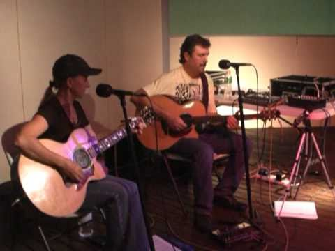 Samba Pa Ti - Lenore and Paul - Acoustic - Unplugged -  Santana Cover