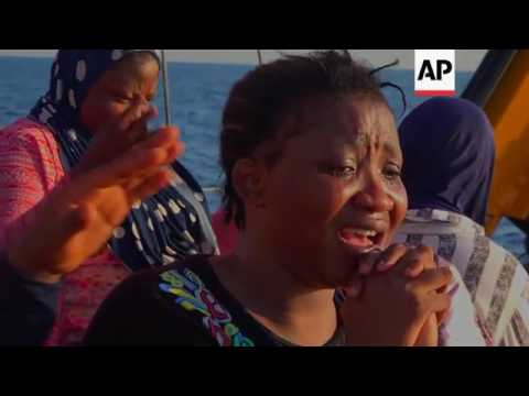 Hundreds of migrants rescued crossing from Libya