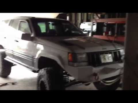 lifted jeep grand cherokee 5 9 zj youtube. Black Bedroom Furniture Sets. Home Design Ideas