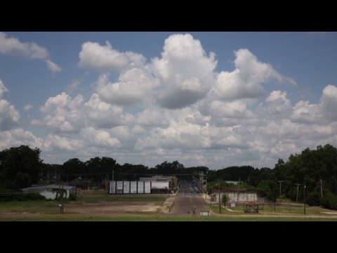 Income Inequality in America: Across Lake Providence (Digital Opinion Documentary)